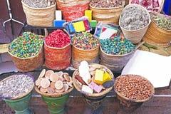 Especiarias no mercado de C4marraquexe, Marrocos Imagens de Stock