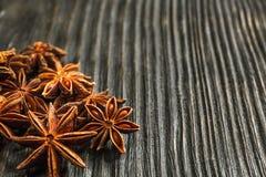 Especias e hierbas Ingredientes del alimento y de la cocina Palillos de canela, Imagenes de archivo