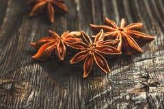 Especias e hierbas Ingredientes del alimento y de la cocina Palillos de canela, Imágenes de archivo libres de regalías