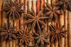 Especias e hierbas Ingredientes del alimento y de la cocina Palillos de canela, Imagen de archivo