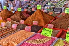 Especias en el mercado callejero Imagen de archivo libre de regalías