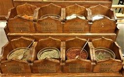 Especias en el restaurante del hotel, Kemer, Turquía fotografía de archivo