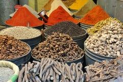 Especias para la venta en Marruecos Imágenes de archivo libres de regalías