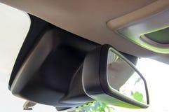 Espejo de la vista posterior del coche del coche de lujo fotos de archivo libres de regalías