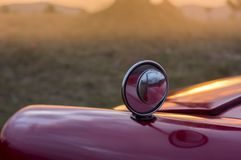 Espejo del coche del vintage imagen de archivo