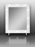 Espejo del maquillaje con los bulbos Imagenes de archivo