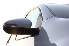 Espejo lateral del coche. Imagen de archivo libre de regalías