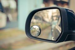 Espejo lateral del coche Imagen de archivo