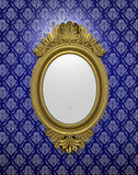 Espejo oval antiguo Fotos de archivo
