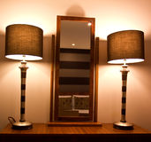 Espejo y lámparas Imagen de archivo