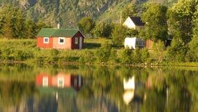 Espelhar pequeno da cabine do verão Imagem de Stock
