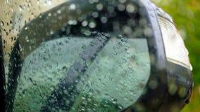 Espelho de carro, gotas da água Imagens de Stock