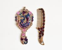 Espelho de mão projetado árabe para a mulher Estilo do vintage imagens de stock