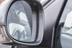 Espelho de opinião traseira do carro Fotografia de Stock