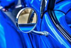 Espelho Rear-View da auto parte externa do vintage imagens de stock