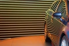 Espelho Rear-view de um carro compacto foto de stock royalty free