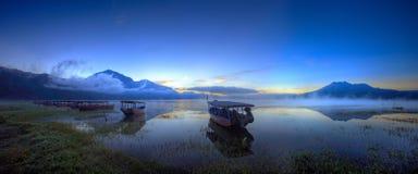 Espera dos barcos para passageiros Imagem de Stock