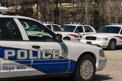 Esperanza Mills Police Vehicles Fleet, Carolina del Norte, los E.E.U.U. 7 de abril de 2018 imágenes de archivo libres de regalías