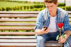Esperar a su novia Fotos de archivo libres de regalías