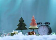 Espere un regalo del tío del ` s de Papá Noel Imágenes de archivo libres de regalías