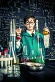 Esperimenti del laboratorio per i bambini Fotografie Stock