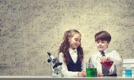 Esperimenti in laboratorio Immagine Stock Libera da Diritti
