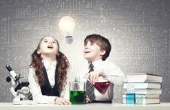 Esperimenti in laboratorio Immagini Stock Libere da Diritti