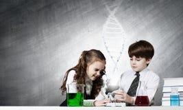 Esperimenti in laboratorio Fotografie Stock