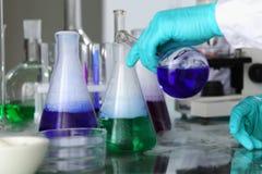 Esperimento chimico fotografia stock