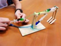Esperimento di fisica dell'idraulica Immagini Stock