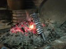 Espeto沙丁鱼食物 免版税库存照片