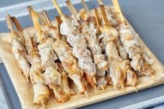 Espetos do assado com carne, no espeto da galinha Imagem de Stock Royalty Free