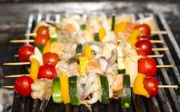 Espetos do churrasco do marisco Fotografia de Stock
