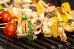 Espetos do churrasco do marisco Imagem de Stock