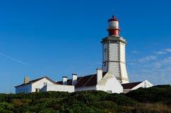 Espichel海角灯塔在Sesimbra,葡萄牙 库存照片