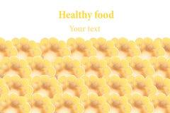 Espigas de milho cortadas em um fundo branco Isolado Quadro decorativo Macro Fundo do alimento Copie o espaço Foto de Stock Royalty Free