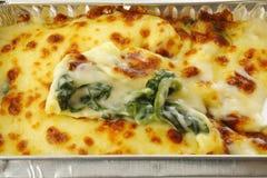 Espinafre cozido com queijo Fotografia de Stock