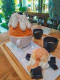 Espinafres de Bingsu com doce e o frutado foto de stock royalty free