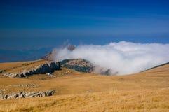 Espinha dorsal da montanha de Crimeia Fotos de Stock