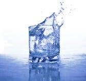 Espirrando a água Imagens de Stock Royalty Free