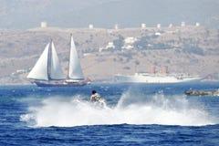 Espirrando o jetski foto de stock