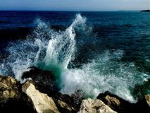 Espirrando ondas Foto de Stock