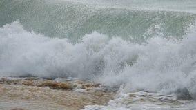 Espirrando ondas de oceano de turquesa filme
