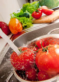 Espirrando vegatables Foto de Stock