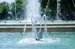 Espirro do córrego da água Fotos de Stock