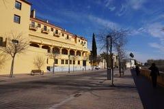 Esplanada wzdłuż Guadalquivir rzeki, cordoba, Hiszpania zdjęcia stock
