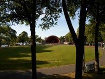 Esplanade ποταμών του Charles, εκκολάπτει την αναμνηστική Shell, Βοστώνη, Μασαχουσέτη, ΗΠΑ Στοκ Εικόνες