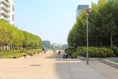 Esplanade DE La Defense in Parijs royalty-vrije stock fotografie