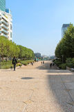 Esplanade DE La Defense in Parijs royalty-vrije stock afbeeldingen
