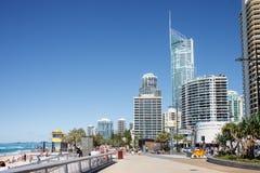 Esplanade de paradis de surfers, la Gold Coast Images libres de droits